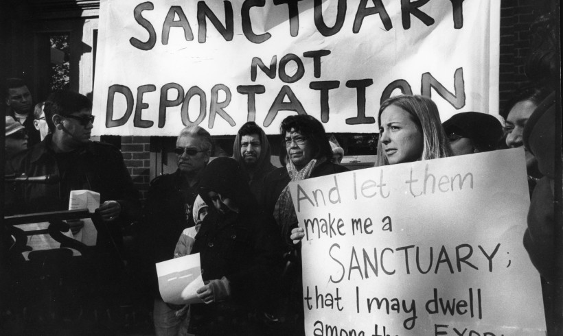 200 religious leaders and politicians pledge support to Angela Navarro in civil disobedience to end deportation